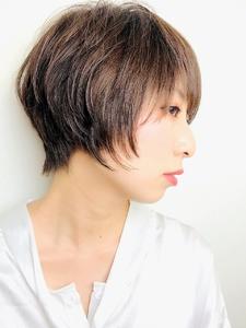 大人グレージュショート|RENJISHI KICHIJOJIのヘアスタイル