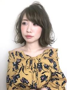 外ハネふんわりミディ RENJISHI KICHIJOJIのヘアスタイル