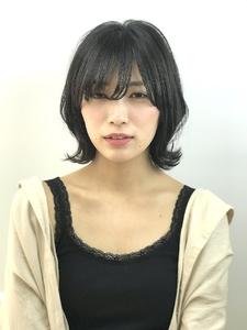 黒髪でも重く見えない外ハネスタイル|RENJISHI KICHIJOJIのヘアスタイル