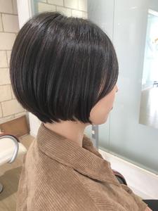 カットで作るシルエットが綺麗なショートボブ|RENJISHI KICHIJOJIのヘアスタイル