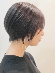 大人かわいい前下がりエッジショート|RENJISHI KICHIJOJIのヘアスタイル