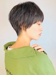 軽やかなショートスタイル|RENJISHI KICHIJOJIのヘアスタイル