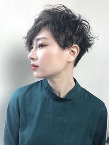 刈り上げツーブロウェーブベリーショート|RENJISHI KICHIJOJIのヘアスタイル