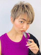 ハイトーンショートmyuc|RENJISHI KICHIJOJIのヘアスタイル