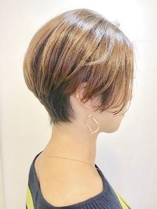 前下がりのハンサムショート|RENJISHI KICHIJOJIのヘアスタイル