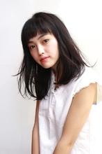 大人っぽくて可愛いミディアムウェーブ|RENJISHI AOYAMAのヘアスタイル
