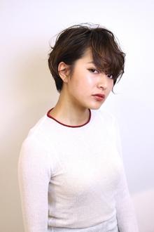 アンニュイな大人ショート|RENJISHI AOYAMAのヘアスタイル