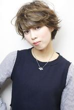 カールレイヤーショート|RENJISHI AOYAMA 津田 弘美のヘアスタイル