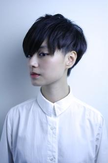 黒髪ベリーショート ダークグレージュ|RENJISHI AOYAMAのヘアスタイル