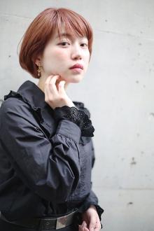 モダンショート RENJISHI AOYAMAのヘアスタイル