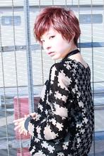 透け感カラーのベリーショート|RENJISHI AOYAMA 本橋 寛道のヘアスタイル