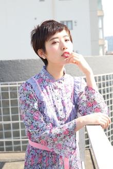 オン眉セミウェットベリーショート|RENJISHI AOYAMAのヘアスタイル