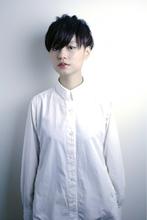 黒髪マニッシュエッジショート RENJISHI AOYAMA 高田 百唯のヘアスタイル