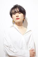 ナチュラル黒髪ショート RENJISHI AOYAMA 高田 百唯のヘアスタイル