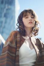 ノスタルジックなパーマスタイル|RENJISHI AOYAMA 坂手 開のヘアスタイル