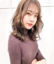 透明感ベージュカラー riko 田山 穂波のヘアスタイル