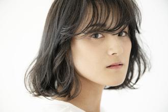 ツヤ髪は暗髪がオススメ|大阪上本町駅から徒歩1分の美容室|ロンロンシャ 都ホテル店のヘアスタイル