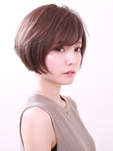 ツヤ感たっぷりヘルシーボブ|ROUGE 目白台店のヘアスタイル