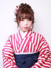 縦長シルエットの可愛いらしいアップスタイル!|ROUGE mieux 金井 美雪のヘアスタイル