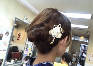 大人っぽく♪ サロン・ド・ベェラージュー トモエのヘアスタイル