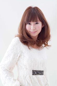 フェミニンロング|SHAPE GARDEN horikiriのヘアスタイル