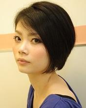 凛とした女性のこなれショート|Framlings 乃木坂のヘアスタイル