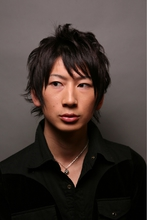 黒髪マッシュウルフ|Hair Atelier DEAR-LOGUE 下北沢 のメンズヘアスタイル