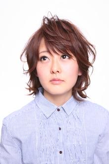 フェミニンだけどカジュアルなショートミディ|Hair Atelier DEAR-LOGUE 下北沢 のヘアスタイル
