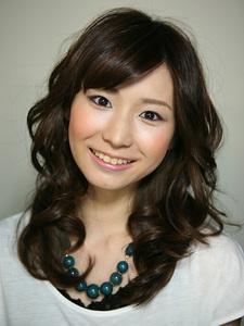 フェミニンミディアム|Hair Atelier DEAR-LOGUE 下北沢 のヘアスタイル