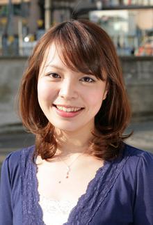 ミディアムローレイヤー|Hair Atelier DEAR-LOGUE 下北沢 のヘアスタイル