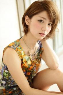 透明感があるヌーディカラー♪斜め前髪&耳かけボブ☆|felicita 緑地公園店のヘアスタイル