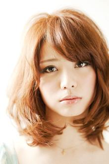 グラマラスな重めバング♪エアリーカールマッシュミディ☆|felicita 緑地公園店のヘアスタイル