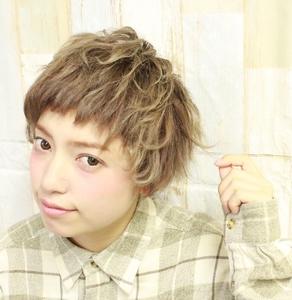 春カラーでイメチェン!!フェミニン束感ボブ☆|felicita 緑地公園店のヘアスタイル