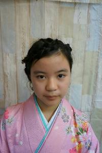 【卒業式】袴スタイル@黒髪編み込みアップヘアwith花飾り