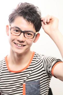 好感度UPの王道ショート☆さわやか男前ツーブロックヘアスタイル|felicita 緑地公園店のヘアスタイル