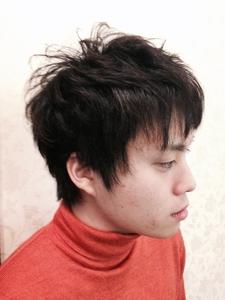 好感度アップのアシンメトリーツーブロック黒髪スタイル|felicita 緑地公園店のヘアスタイル