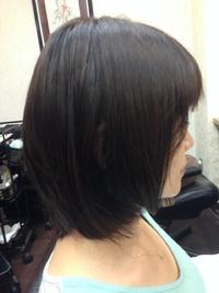マイナス5歳☆厚めバングでボリュームアップのクラシカルな艶髪