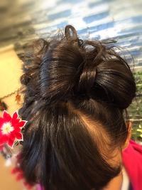 【卒業式ヘア】黒髪袴スタイル★ワンポイント花飾りアレンジ