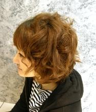 ふわふわカール|J-ONE 山岸 真由美のヘアスタイル