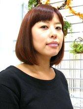 レッドボブ☆|J-ONE Azari Amirのヘアスタイル