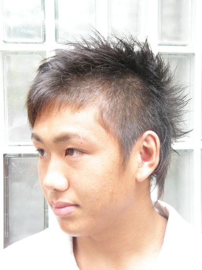 斜めショートモヒカン2 | 戸越銀座・中延・旗の台の美容室 J,ONEのメンズヘアスタイル | Rasysa(らしさ)