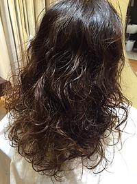 黒髪&暗髪OK!無造作ウェービー甘辛グラマラスフェミニンロング