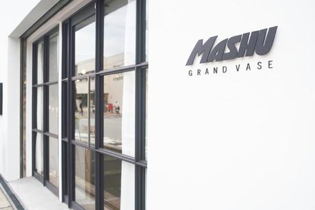 MASHU GRAND VASE