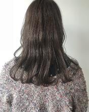 透明感アッシュカラー|MASHU GRAND VASEのヘアスタイル