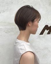 丸み耳かけショート|MASHU ADOBEのヘアスタイル