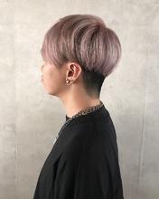 シアーピンクアッシュ MASHU ADOBEのヘアスタイル