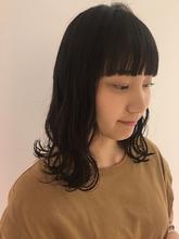 黒髪パッツン前髪|MASHU NU茶屋町店のヘアスタイル