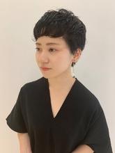 ベリーショート|MASHU NU茶屋町店のヘアスタイル