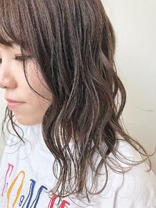 シアーグレージュ|MASHU NU茶屋町店のヘアスタイル