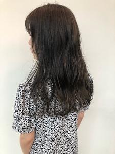 華奢ハイライト|MASHU NU茶屋町店のヘアスタイル